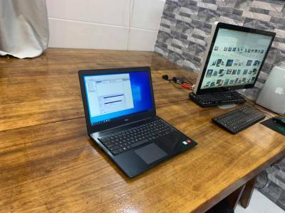 """Dell inspiron 5570 i7-8550u ram 8gb ssd 128 hdd 1tb 15.6""""FHD vga rời AMD Radeon R7 M460"""